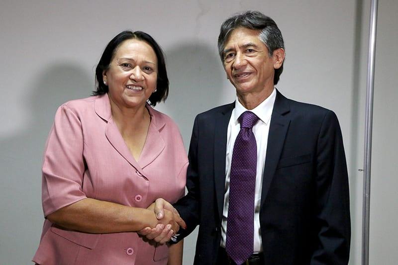 Governadora empossa servidor de carreira e especialista para a presidência do IPERN