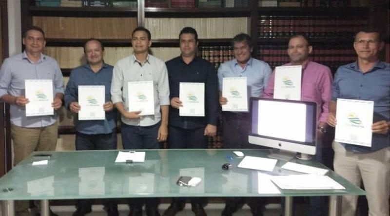 Prefeito Joaz Oliveira é reeleito presidente do Consórcio Intermunicipal de Desenvolvimento Turístico do Litoral Norte