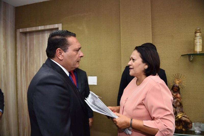 Governadora entrega a deputados primeiro projeto de recuperação fiscal