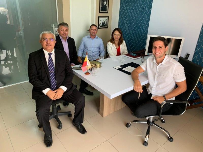 Rafael Motta discute emendas para segurança pública com cúpula estadual da área