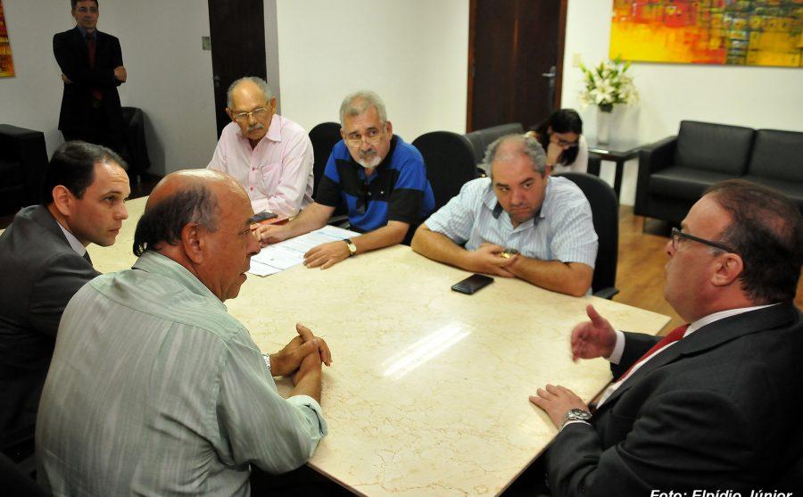 Reunião com Taxistas - Foto ELPÍDIO JÚNIOR (3)