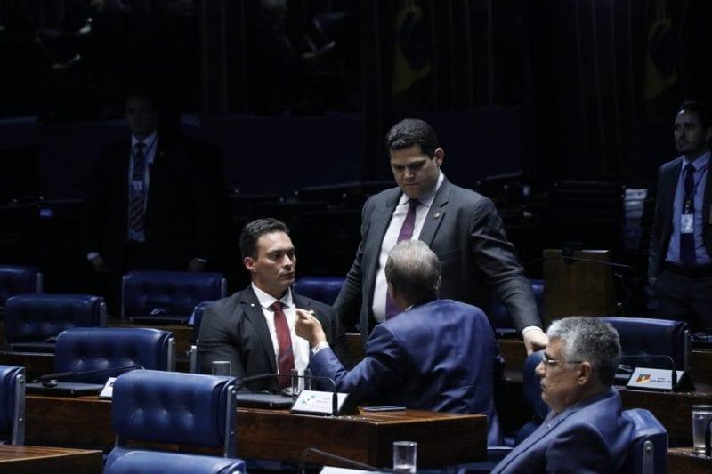 Senador Styvenson Valentim  defende exame toxicológico para jovens