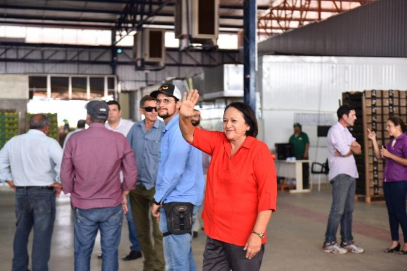 Em Mossoró, Fátima garante apoio ao setor de fruticultura irrigada