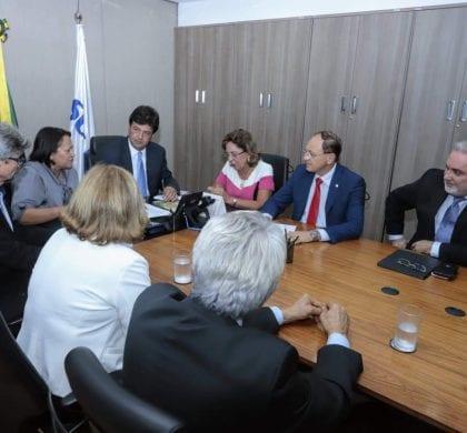 Governo recebe apoio do Ministério da Saúde  para reestruturação do SUS