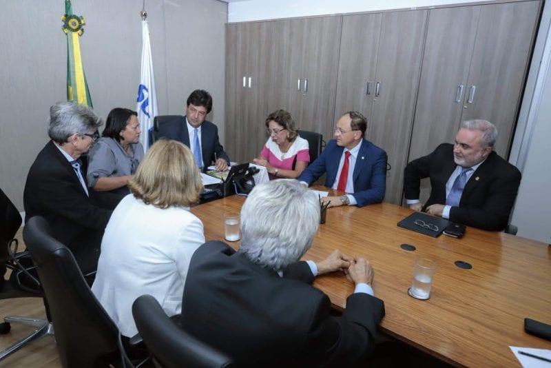 Fátima Bezerra participa de reunião preparatória para III Fórum dos Governadores