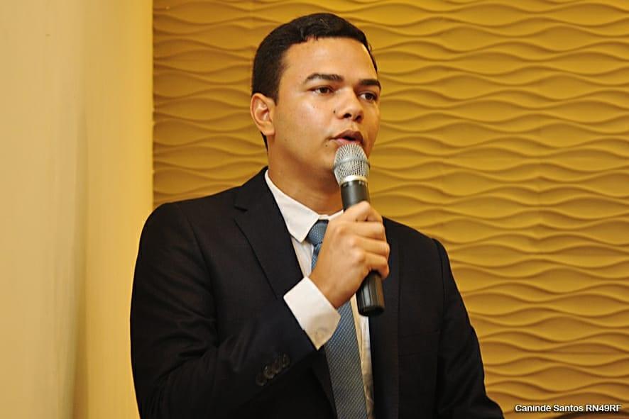 Em sua mensagem anual, prefeito Joaz Oliveira enumera a realização de obras aguardadas há mais de 20 anos pela população de Extremoz