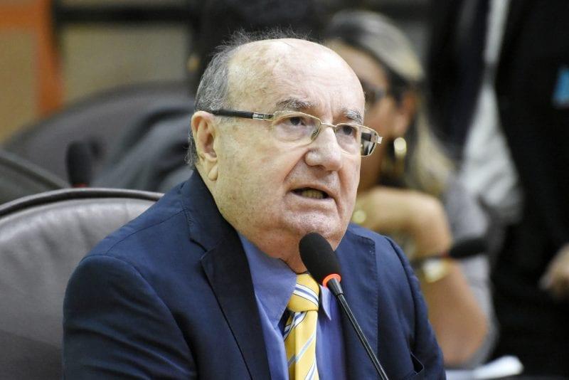 Deputado José Dias se diz preocupado com medidas adotadas pelo Governo