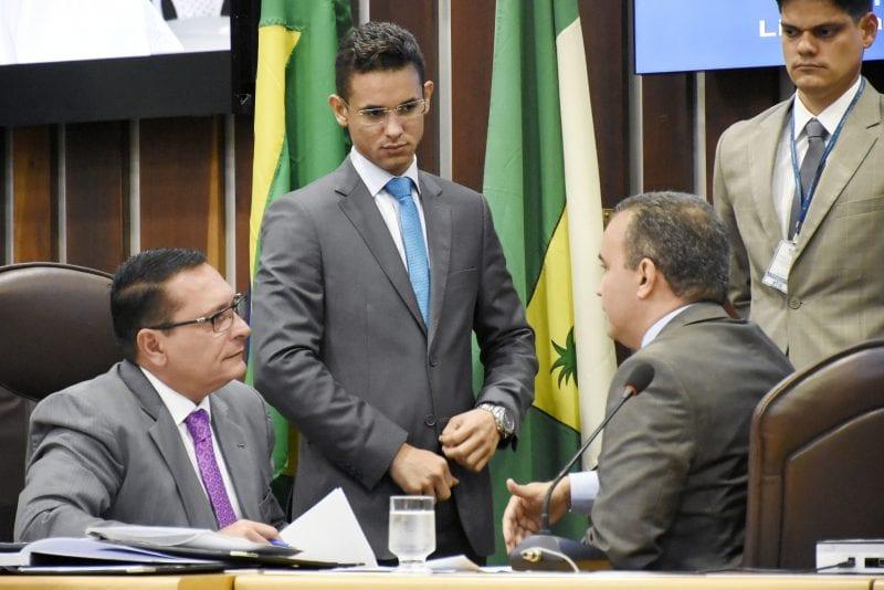 Partidos concluem indicação de líderes de bancadas e de blocos parlamentares