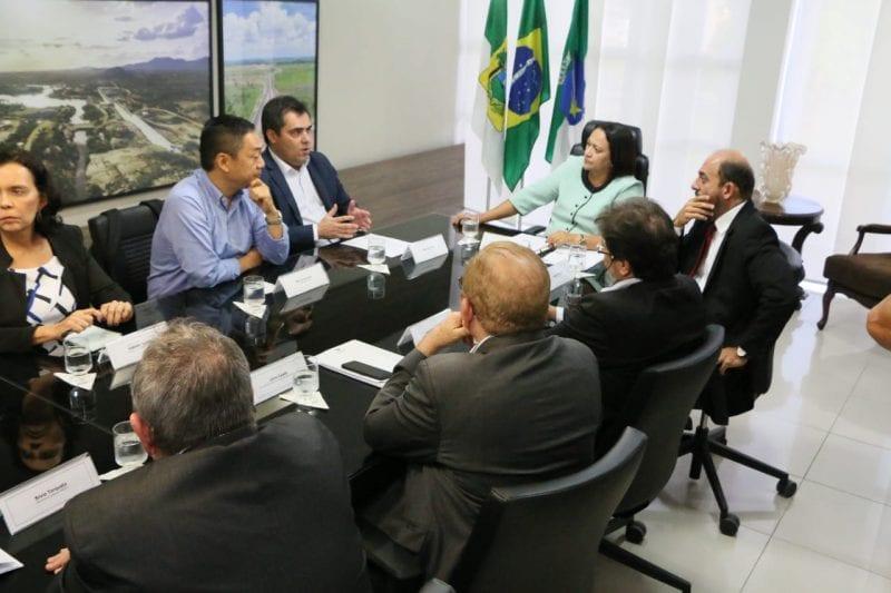 Governo discute parcerias com Vicunha Têxtil