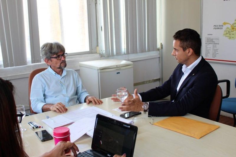 Deputado Allyson Bezerra pede conserto do tomógrafo do Hospital Tarcísio Maia em Mossoró
