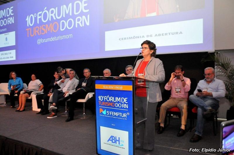 Câmara participa de Fórum sobre o turismo no estado