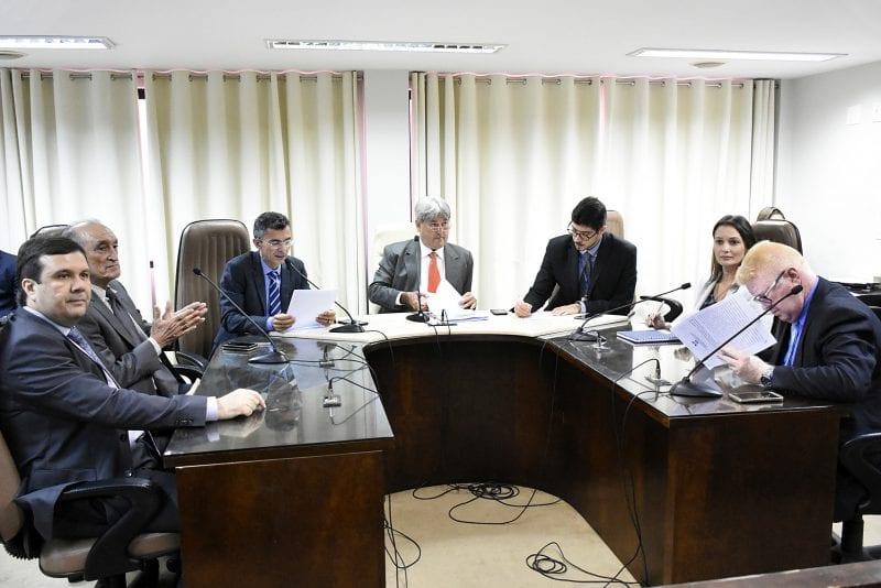 Comissão de Finanças faz distribuição de matérias para relatores