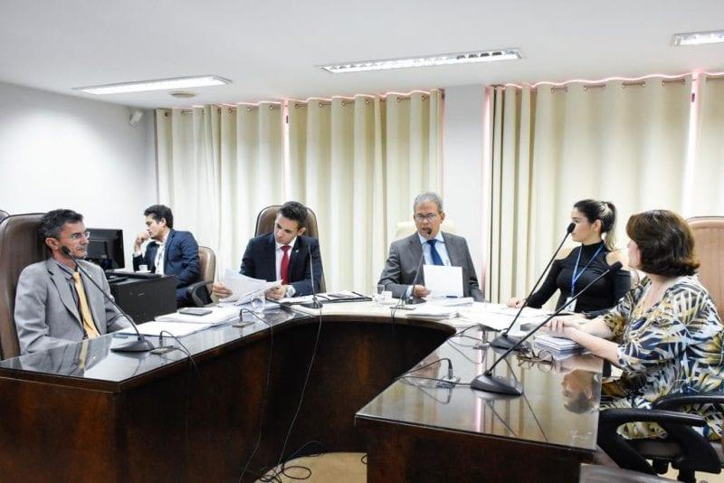 Dados da rede pública de ensino são apresentados à Comissão de Educação