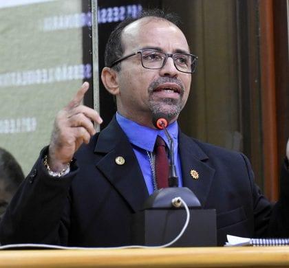 Ministro do TSE mantém decisão do TRE-RN de cassar diploma do deputado estadual Sandro Pimentel