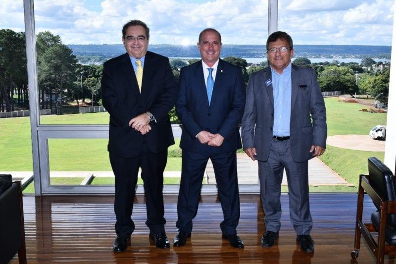Prefeito Álvaro Dias solicita a ministro Onyx Lorenzoni apoio preventivo por conta das chuvas em Natal