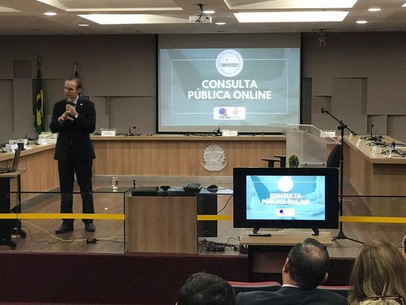 TRE/RN promove debate sobre a segurança da votação eletrônica