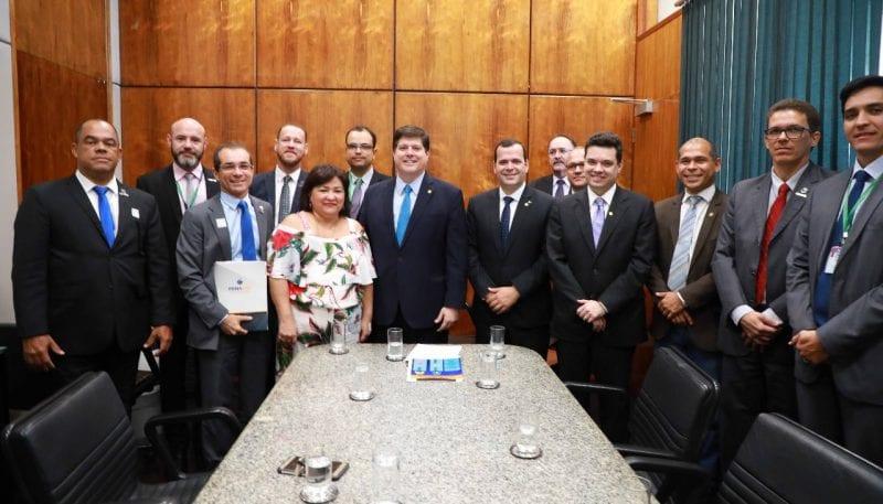 Deputado Walter Alves participa de audiência com representantes da PRF