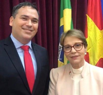 Beto Rosado participa das tratativas para exportar o melão Potiguar para a China