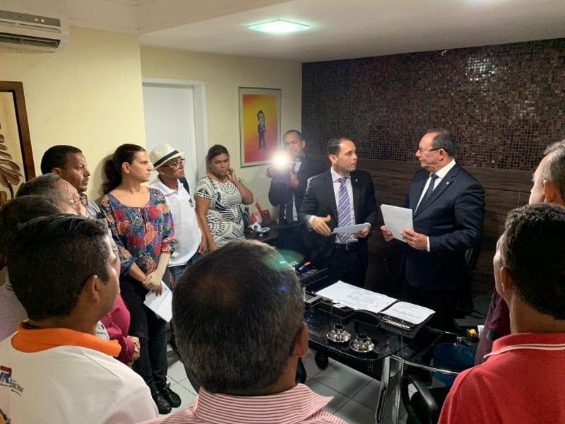 Vereador Raniere Barbosa entrega emendas impositivas ao líder do Prefeito na Câmara Municipal de Natal