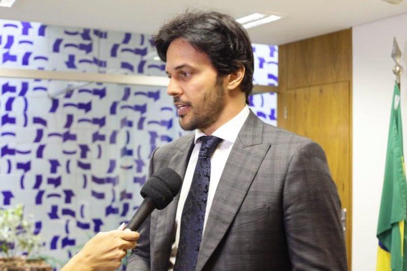Deputado Fábio Faria destaca nova lei que amplia medidas protetivas às mulheres em situação de violência