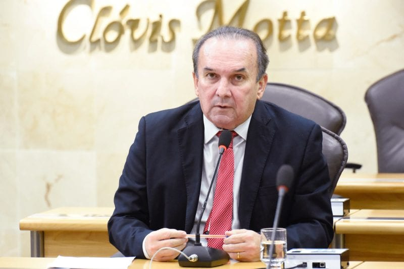 Deputado Nelter questiona valores de diárias e guincho cobrados a veículos apreendidos pela PRF