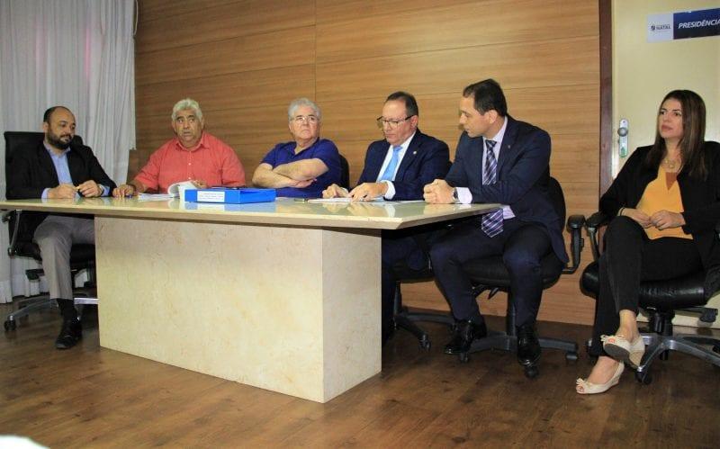 Comissão de Planejamento aprova regulamentação do transporte por aplicativo