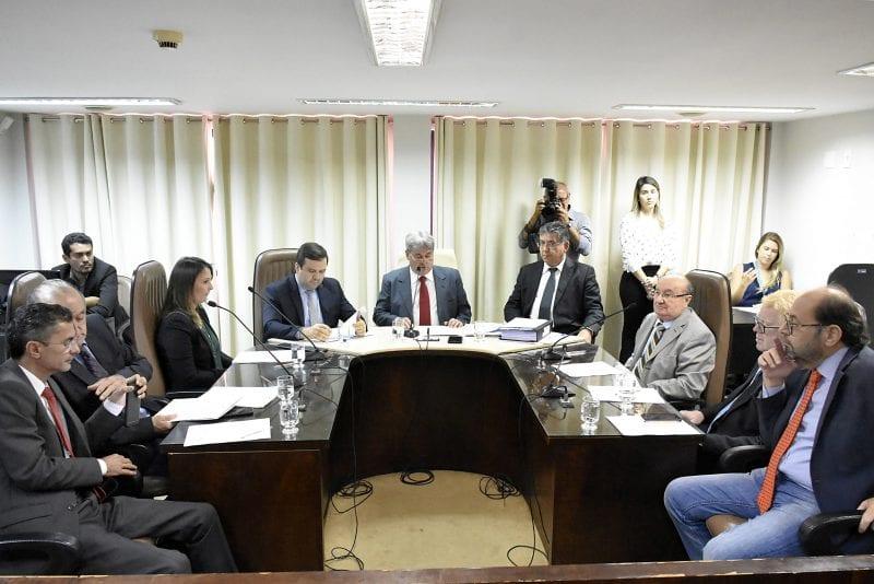 Comissão de Finanças baixa em diligência Projeto da cessão de servidores da UERN
