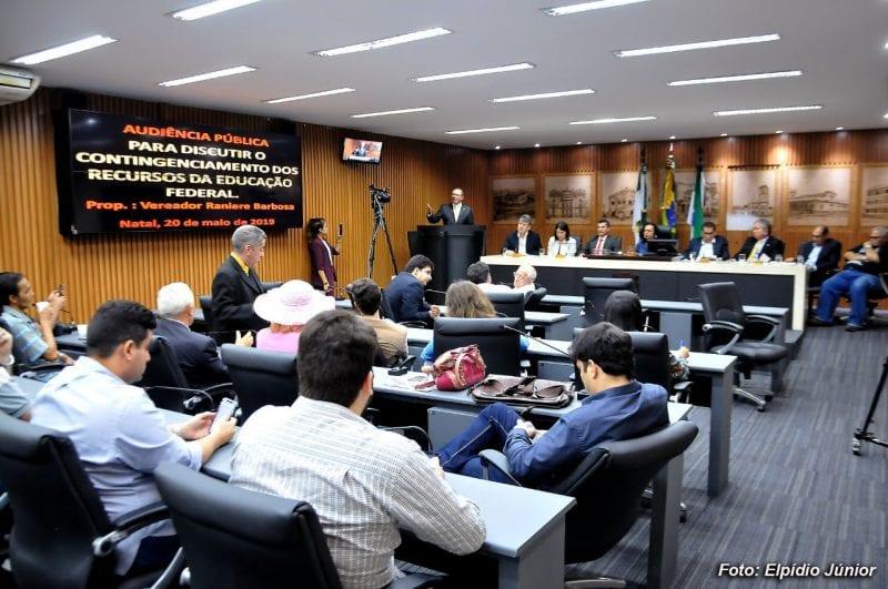 Contingenciamento de verbas das universidades federais é debatido na Câmara