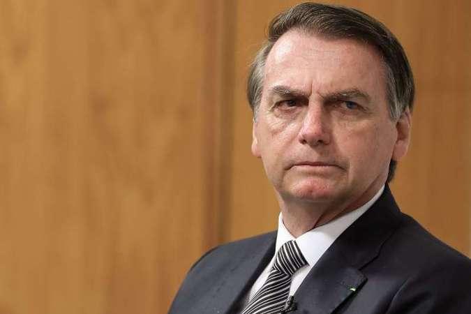 No Twitter, Bolsonaro celebra fim da taxa administrativa para radioamadores