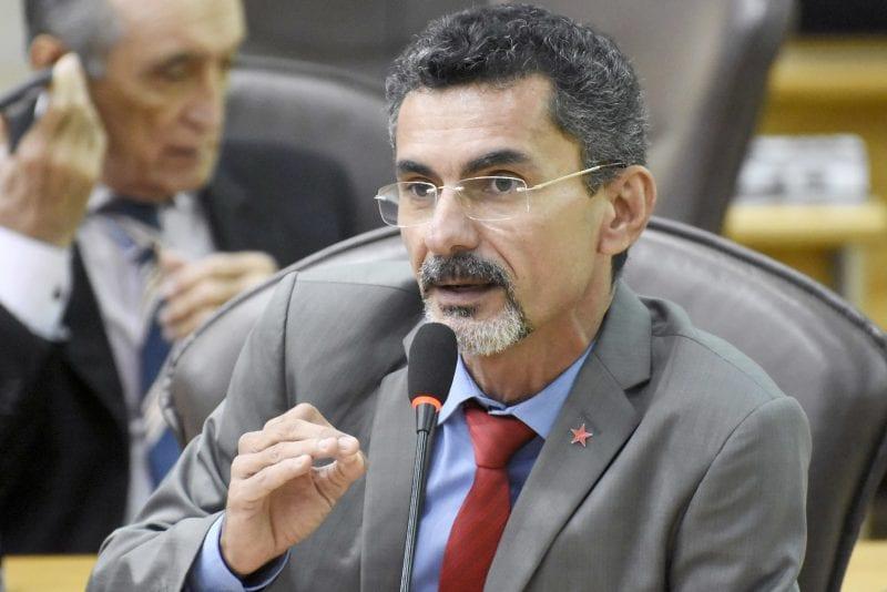 Deputado Francisco do PT destaca criação de câmeras setoriais no Estado