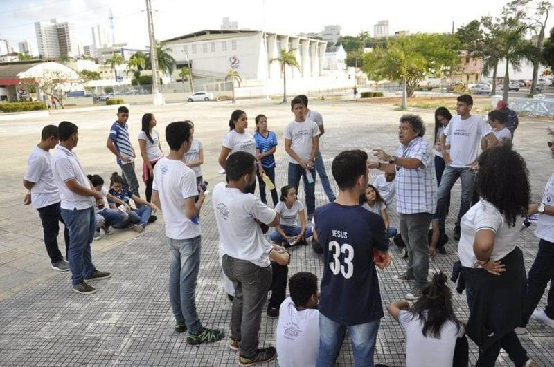 Memorial Itinerante guia estudantes do IFRN em caminhada histórica