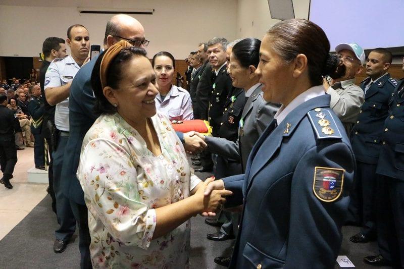 Governadora entrega medalhas de mérito em solenidade dos 185 anos da PM-RN