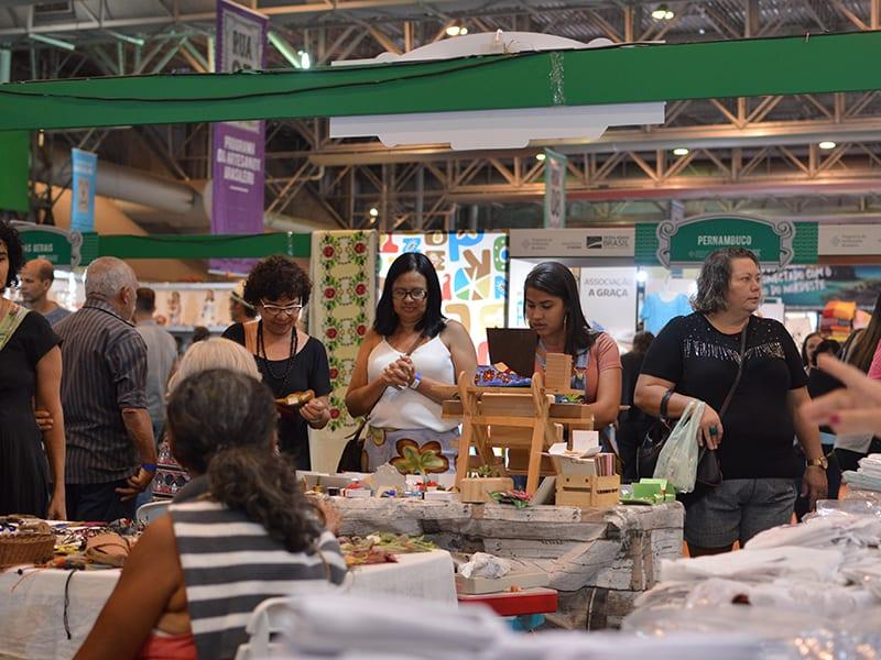 Artesãos Potiguares participam da Fenearte em Recife