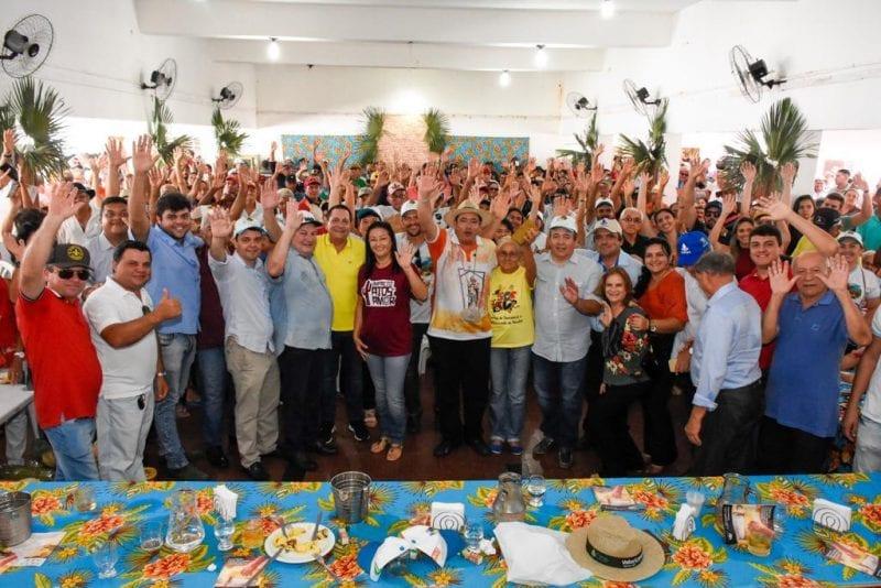 No Seridó, Ezequiel Ferreira participa dos 59 anos da Festa da Colheita em Cruzeta