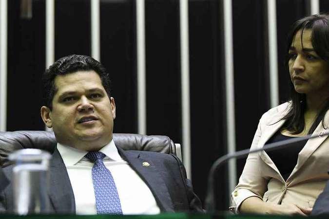 Maioria do Senado pressiona Alcolumbre para votar prisão em 2ª instância