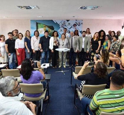 Governadora empossa Conselho Estadual de Economia Solidária