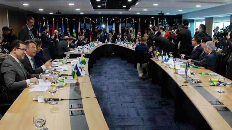 Fórum dos Governadores discute reformas e ressarcimento aos estados