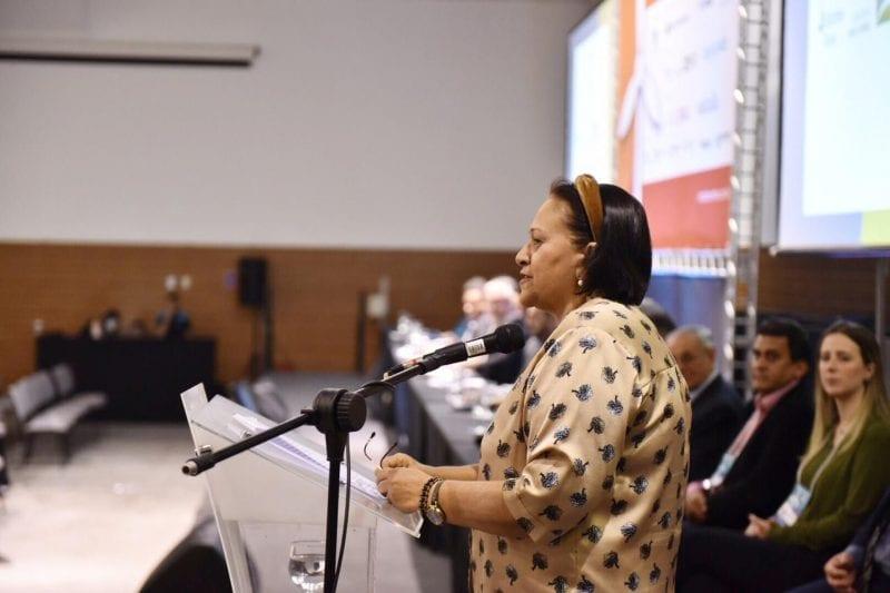 Em fórum, governadora destaca previsão de investimentos em energia eólica no RN