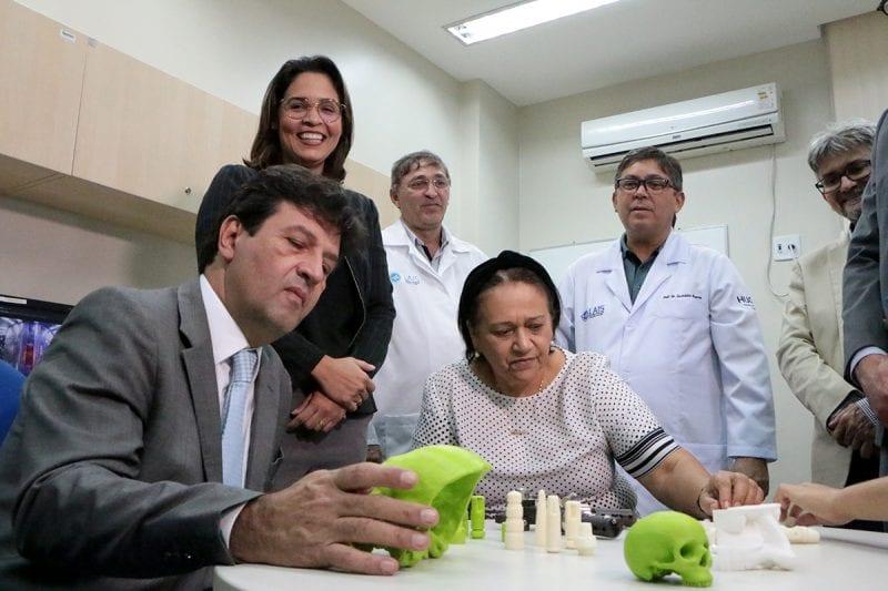 Governadora acompanha ministro Mandetta em visita ao Lais e ao Varela Santiago