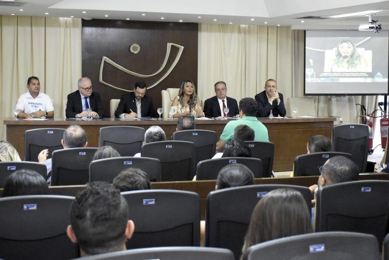 Audiência na AL discute paralisação das obras do Pró-Transporte na Zona Norte