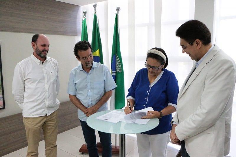 Governo e TCE firmam convênio para auditoria do Governo Cidadão