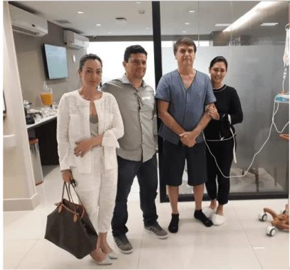 Sérgio Moro visita Bolsonaro no hospital e diz: 'o homem é forte'