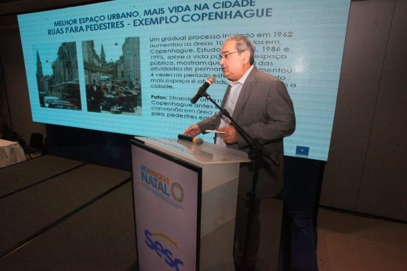 Prefeito Álvaro Dias pontua necessidade de revisão do Plano Diretor