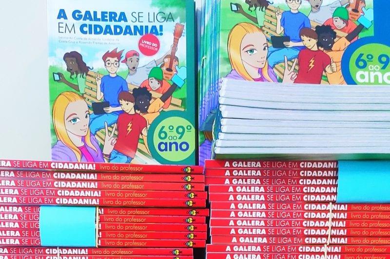 SET doa mais de 5 mil livros sobre Cidadania Fiscal à rede de ensino