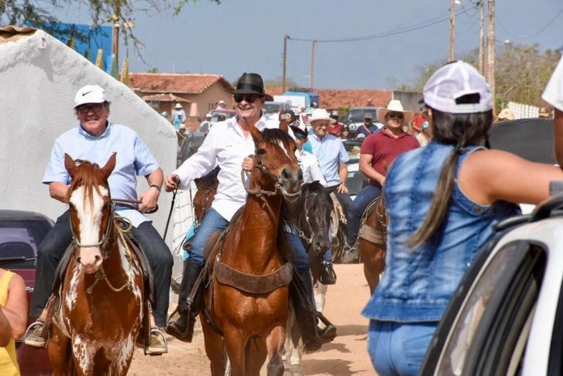 Deputado Ezequiel participa da 18ª Cavalgada dos Pais em Bom Jesus