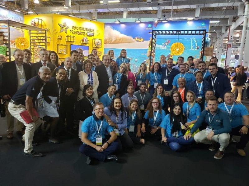 Prefeito Álvaro Dias renova convênio para divulgar Natal junto a operadora de turismo