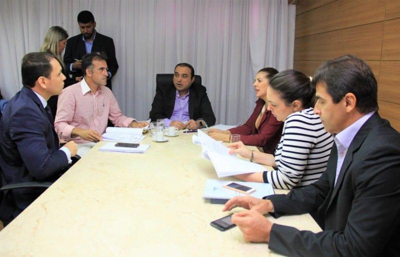Projetos de combate à violência passam na Comissão de Justiça