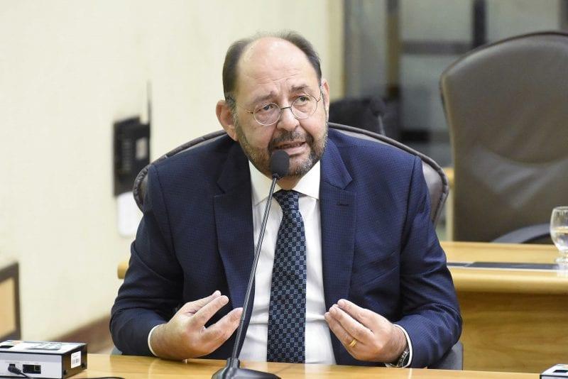 Deputado Gustavo Carvalho diz que momento difícil no país exige senso de responsabilidade