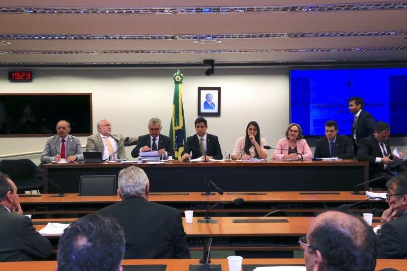 Bancada federal do RN se reúne para escutar pleitos de prefeitos e Governo