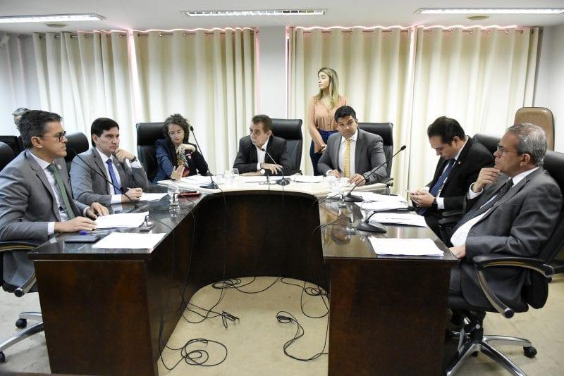 CCJ da Assembleia analisa projeto sobre carreira dos militares estaduais